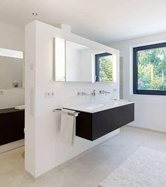 Bad: minimalistische Badezimmer von Gritzmann Architekten