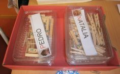 LA CLASE DE MIREN: mis experiencias en el aula: JUEGO DE LECTOESCRITURA: EL NOMBRE CON PINZAS