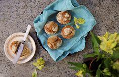petite kitchen BANANA & VANILLA BEAN MUFFINS DUSTED WITH ALMOND MEAL Gluten Free Baking, Healthy Baking, Petite Kitchen, Almond Meal, Almond Recipes, Something Sweet, Muffins, Sweet Treats, Vanilla