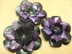 how to make gorgeous metal flowers