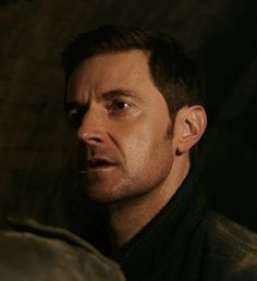 "Berlin Station ""Thomas Shaw"" (1x09) - Richard Armitage as Daniel Miller"