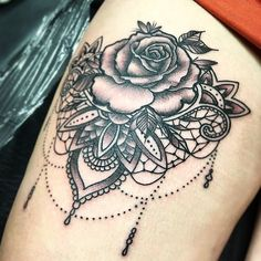 Rose and chandelier today 😀 #rose #rosetattoo #chandelier #chandeliertattoo #lace #lacetattoo #mandala #mandalatattoo #thightattoo…