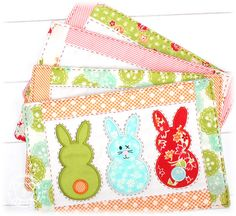 Der Stickbaer | Easter Mug Rugs ITH | Embroidery from heart