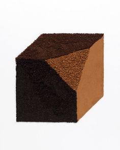 BLEND - Paraphrase of SOLOMON LEWITT / Collaboration w. EVELINA KLEINER / Instant coffee powder, Instant espresso coffee powder, French roast