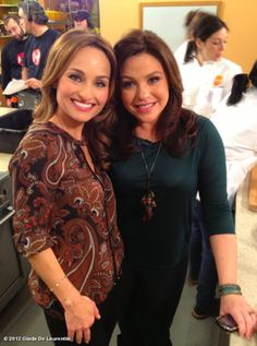 Giada De Laurentiis' photo: @rachael_ray & I from yesterday #ThanksgivingLive!!.....My two favorites; Giada & Rachael