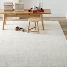 Handloomed Shine Rug - Ivory