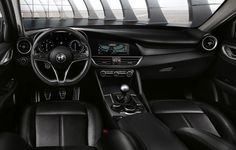Alfa Giulia center console is equipped with an 8.8-inch digital screen.