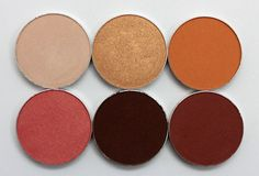 Mocha color palette Add touches of greens/olive and maybe gold. Definitely keep the burgundy. Beauty Nails, Beauty Makeup, Eye Makeup, Hair Makeup, Makeup Goals, Makeup Inspo, Makeup Ideas, Makeup Geek Eyeshadow Swatches, Z Palette
