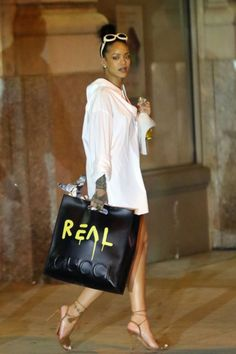 August 29: Rihanna heading to airport in NYC