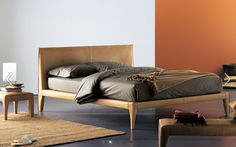Double bed / contemporary / leather / by Rodolfo Dordoni ALICUDI  Flou