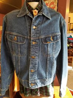 Check out this item in my Etsy shop https://www.etsy.com/listing/582003176/lee-70s-vintage-denim-jacket-work