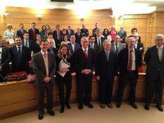 El alcalde de #Malaga, Francisco De la Torre, apuesta por dar visibilidad en Europa a #Transfiere para fomentar la internacionalización. El Comité Organizador de Foro Transfiere se reunió ayer martes en la sede de la Confederación Española de Organizaciones Empresariales (CEOE) en Madrid para hacer un balance de los datos más relevantes de su pasada convocatoria y abordar las líneas estratégicas de la próxima edición del evento, que tendrá lugar los días 11 y 12 de febrero de 2015 en Fycma.