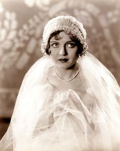 Lady Marmalaide loves this. Nancy Carroll in a stunning vintage wedding gown, fashion. Flapper Wedding, 1920s Wedding, Art Deco Wedding, Glamorous Wedding, Wedding Veils, Wedding Bride, Wedding Dresses, Wedding Makeup, Wedding Ceremony