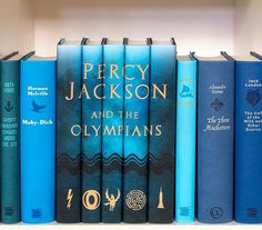 Percy Jackson and The Olympians 📚 on We Heart It Percy Jackson Books, Percy Jackson Fandom, Rick Riordan Books, Books For Teens, Book Aesthetic, Lectures, Heroes Of Olympus, Book Nooks, Book Fandoms