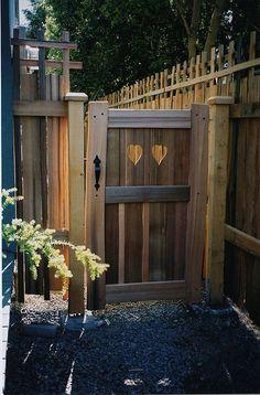 Like It. Custom made hand-split cedar fence gate. Brick Fence, Concrete Fence, Front Yard Fence, Farm Fence, Fence Art, Bamboo Fence, Horse Fence, Stone Fence, Pallet Fence