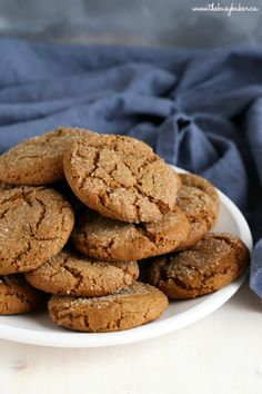 These Best Ever Ginger Molasses Cookies are better than Starbucks They re sweet and chewy with a delicious ginger flavour Recipe from Ginger Molasses Cookies, Ginger Snap Cookies, Ginger Snaps Recipe, Molasses Recipes, Biscuits, Cookie Recipes, Dessert Recipes, Christmas Baking, Holiday Baking