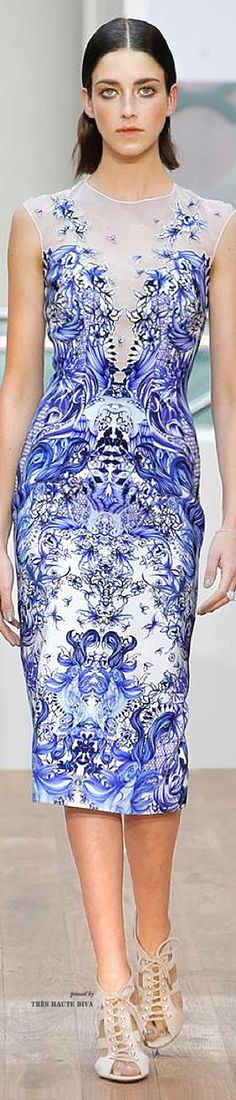 LFW Julien Macdonald Spring/Summer 2015 | The House of Beccaria~