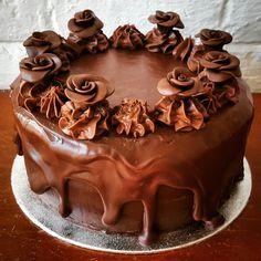 Chocolate birthday cake www.chic-dreams.co.uk