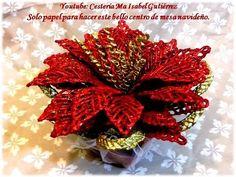 Con papel y muy fácil, hacemos este hermoso centro de mesa navideño - YouTube Christmas Wreaths, Xmas, 4th Of July Wreath, Holiday Decor, Paper, Youtube, Ideas Para, Home Decor, Videos