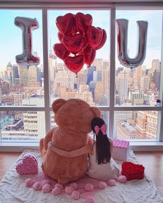 9 Days of Valentine - Day Gifts That Bring Back Childhood Joy - Tabea Huge Teddy Bears, Big Teddy, Giant Teddy, Teddy Girl, Teddy Day, Cadeau Surprise, Teddy Bear Pictures, Romantic Surprise, Bear Wallpaper