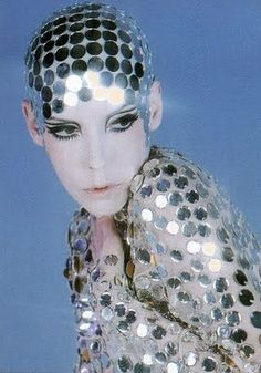 Before Lady Gaga, there was Peggy Moffitt! Today, she still has the same haircut!