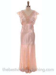 Lovely NOS Vintage 1930s Bias Cut Nightgown Peach Rayon Satin XL 17 Pretty Details