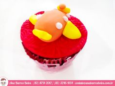 Deliciosos Cupcakes para tornar sua festa mais animada! Tudo feito em açúcar por Ana Barros Bolos!