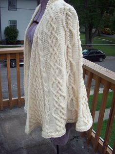 Ravelry: benningsm's Glimfeather Shawl / detention may11