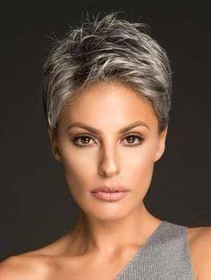 modeles cheveux gris courts