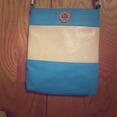 Tory Burch Crossbody Turquoise and Cream Tory Burch purse Tory Burch Bags Crossbody Bags