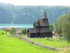 Built in 1150 and is the oldest stave church in Norway. located in Luster, beside the Lustrafjord. Urnes Stave Church is the only stave church in the world to be included on UNESCO's World Heritage List. Religious Architecture, Church Architecture, Wooden Architecture, Vikings, Norway Fjords, Houses Of The Holy, Visit Norway, Place Of Worship, 12th Century