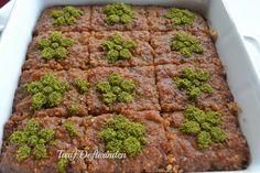 Tarif defteri: Kibris Tatlisi Turkish Baklava, Broccoli, Mashed Potatoes, Zucchini, Herbs, Beef, Vegetables, Cake, Ethnic Recipes