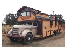 """""""The Rose"""" Housetruck"""