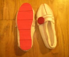 How to make shoes from scratch, from stuff you have lying around or dollar store stuff.  I've been dying to try this!