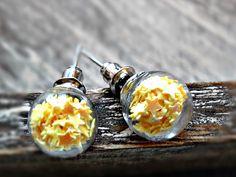 Ohrringe - GALAXY MINI Glaskugel Ohrstecker Sterne Ohrringe - ein Designerstück von Mont_Klamott bei DaWanda