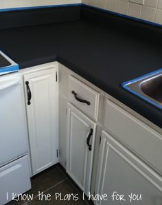 DIY: How To Paint Kitchen Countertops - lots of tips on what to do and what not to dowhen painting countertops. via I Know The Plans I Have For You