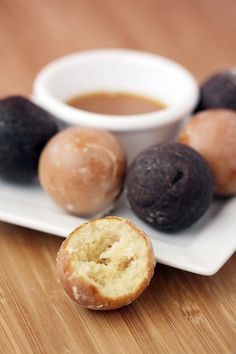 Baked donut holes and dipping sauce