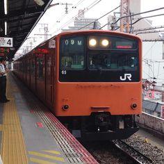 #JR#JR西日本#鉄道#電車#列車#青春18切符#旅 西九条まで阪神で行きそこからJRで今宮まで行きました車両は201系 JR西日本 大阪環状線 西九条駅で撮影JRNISHINIHON OSAKAloopline. series201. by ima0305