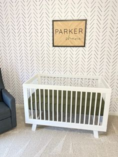 Black and White Nursery Wallpaper Nursery Patterns, Nursery Ideas, Nursery Decor, Wall Decor, Nursery Wallpaper, More Wallpaper, White Nursery, Nursery Neutral, Blankets And Beyond