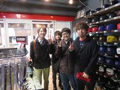 【新宿1号店】2015.02.12 ドジャースの手袋とキャップをご購入いただきました(^^♪皆さん❢❢スナップご協力ありがとうございますねー♪♪またのご来店お待ちしております☆