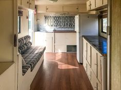 caravan renovation diy 475340935670323515 - Not-so-handy couple turned a 1982 Windsor Statesman caravan into a blissfull holiday home. With a little help from dad – Living in a shoebox Source by clscfs Caravan Renovation Diy, Diy Caravan, Caravan Home, Caravan Decor, Caravan Makeover, Retro Caravan, Caravan Interiors, Caravan Ideas, Camper Ideas