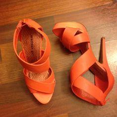 Shoes NWOT Coral heels great for spring NWOT zipper back Madden Girl Shoes