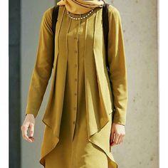 Şuraya bütün gün sıkılıp instaya dadanan bir Nebihan çizelim 😅 Ilhamlik model olsun bu da 😎 alıntıdır #tugbavenn 🙈 . . . . . . . . . . . #dikis #hijabiandfab #muslimahchamber #hijaboutfit #chichijab #hijabchic #hijabchamber #hijabiselegant  #hijabi #hijabfashion #hijabtutorial #hijabista  #fashionmodesty #hijabfashioninspiration #sew #sewing #dikiş