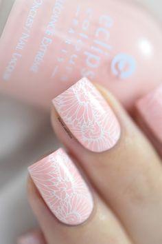 Marine Loves Polish: Pastel Spring - Eclipse rose pastel - B Loves Plates B.02 Flower Power - floral nails - stamping nail art