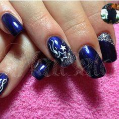 Blu argento glitter french stelle. Alessia Fratantonio · unghie natalizie