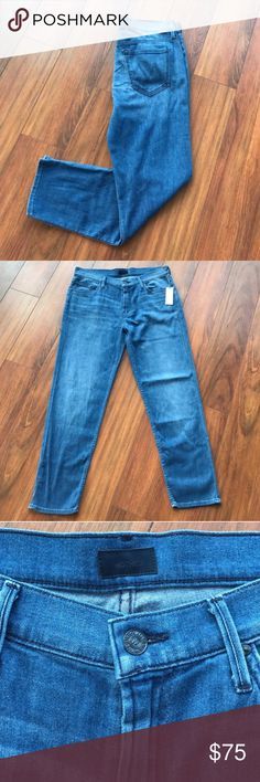 """Mother """"The Dropout"""" jeans in Coastline color Incredibly soft pair of jeans. Boyfriend fit with a worn in wash. These are comfortable yet very flattering. Approx 26"""" inseam. These look great with cuffs rolled up as well! MOTHER Jeans"""