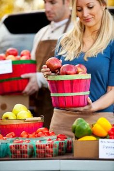 14 farmers market tips. Great ideas for gardeners too!