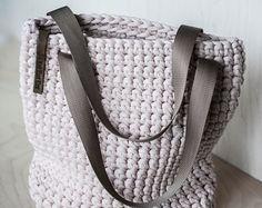 WEBSTA @ knitknotkiev - New Bisque color of totes are available! Crochet Hobo Bag, Crochet Shoulder Bags, Crochet Handbags, Crochet Purses, Knit Crochet, Crochet Bags, Knitting Paterns, Loom Knitting, Yarn Bag
