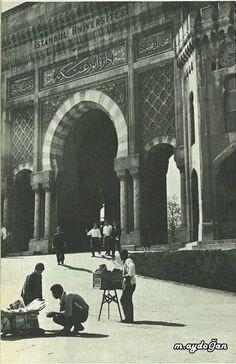 Beyazıt..İstanbul Üniversitesi 1964