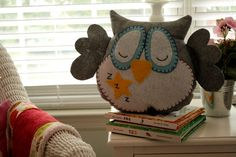 Owl pillow #owl #felt #DIY